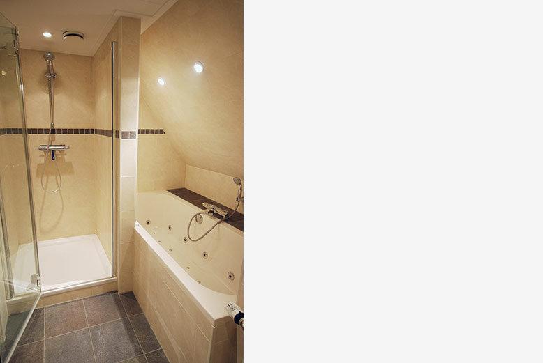 2 persoonsappartement badkamer